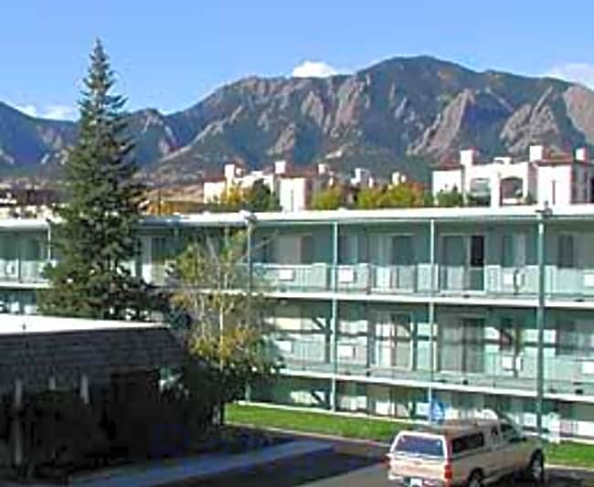 Cavalier Apartments - Boulder, Colorado 80303