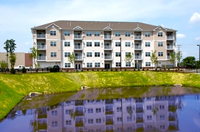 The Reserve at Stoney Creek - Pasadena, Maryland 21122