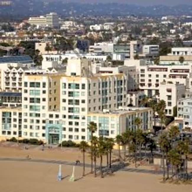 Sea Castle Apartments - Santa Monica, California 90401