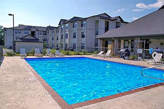 HomeTowne at Conway Active Senior Living - Conway, Arkansas 72032