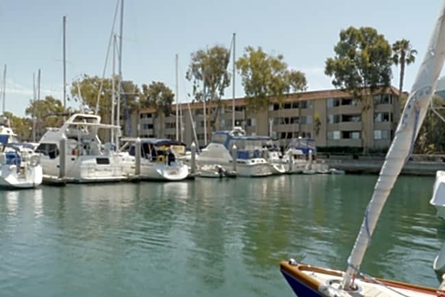 Villa del Mar Apartments & Marina - Marina Del Rey, California 90292