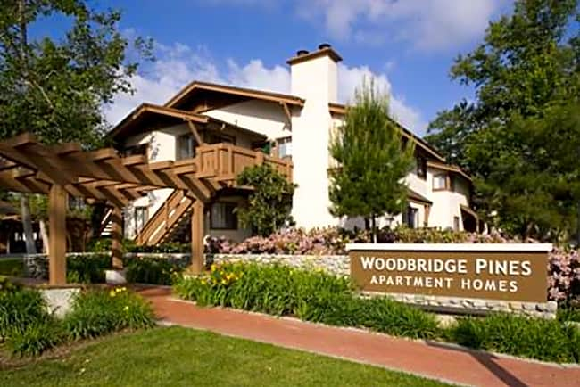 Woodbridge Pines - Irvine, California 92604