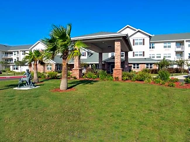 Harbor Place Independent Retirement Living - Corpus Christi, Texas 78413