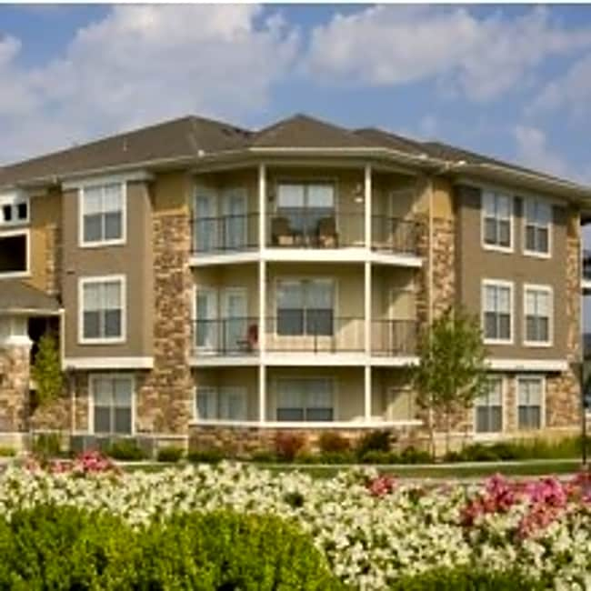 Corbin Crossing Apartments - Overland Park, Kansas 66223