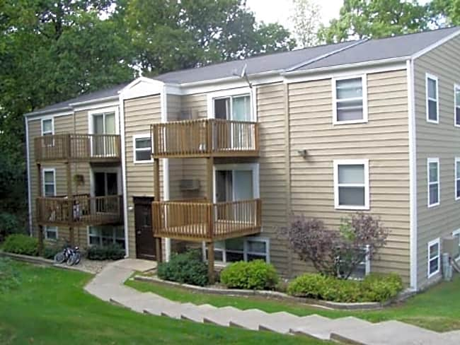 Arbor Terrace Apartments - Richland, Michigan 49083