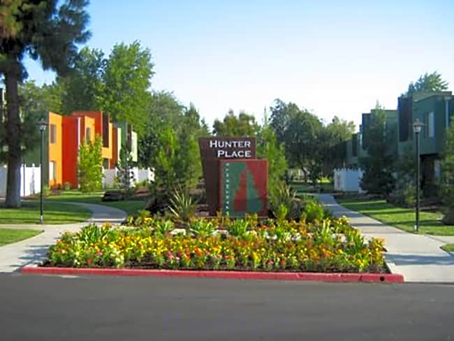 Hunter Place Apartments - Fresno, California 93705
