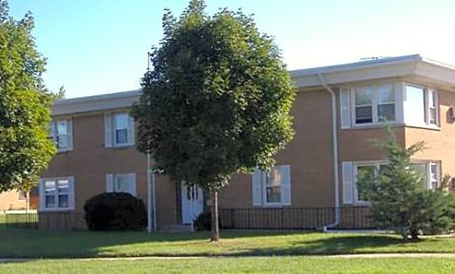 Chestnut Apartments - Waukegan, Illinois 60087