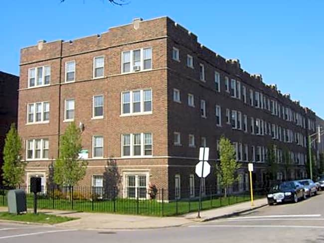 4400 South Drexel Boulevard - Chicago, Illinois 60653