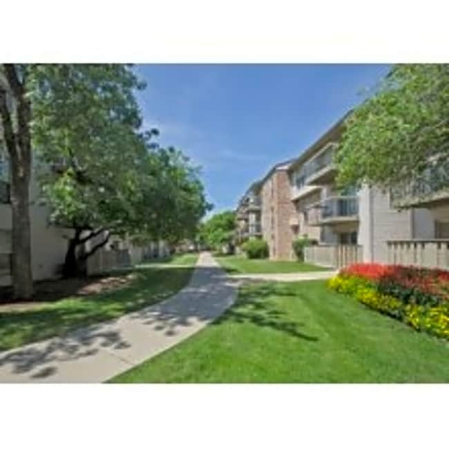 The Colony Apartments - Mount Prospect, Illinois 60056