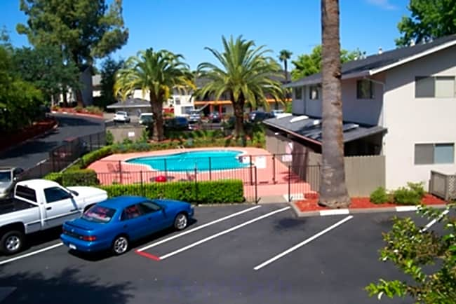 Fairview Garden Apartments - Fair Oaks, California 95628