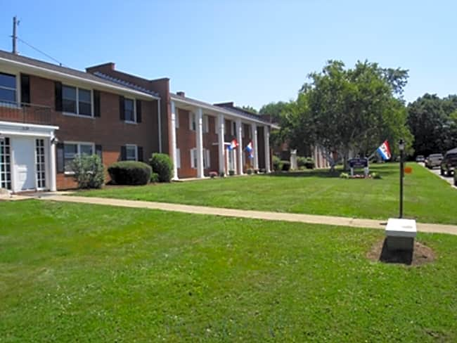 Williamsburg Apartments - Wooster, Ohio