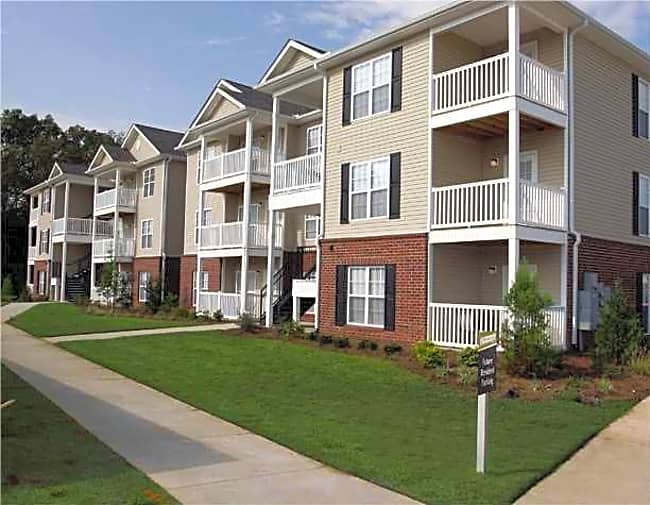 Breckenridge Park Apartments - Hattiesburg, Mississippi 39402
