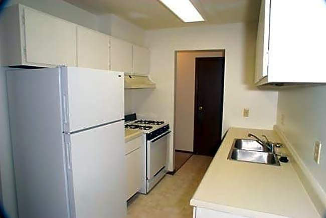 Granite Woods Apartments - Plymouth, Minnesota 55441