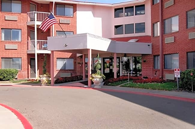 The Clairmont Independent Retirement Living - Amarillo, Texas 79109