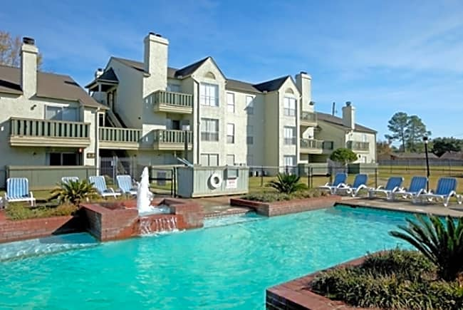Pecan Grove Apartments - Alexandria, Louisiana 71303