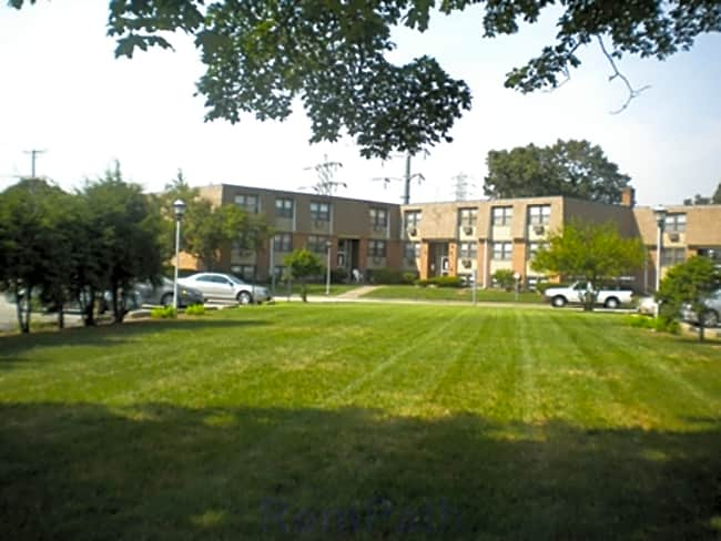 The Blackstone Apartments - Pawtucket, Rhode Island 02860