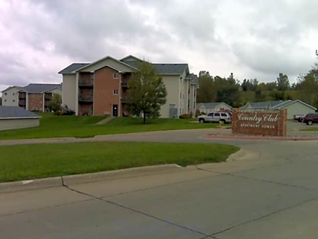 Country Club Apartment Homes - Sioux City, Iowa 51104