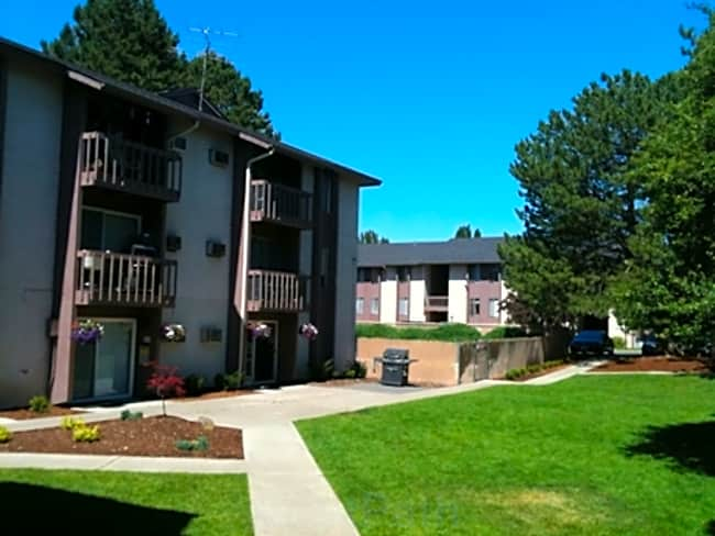 Riverton Terrace Apartments - Spokane, Washington 99207