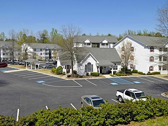Sterling Woods Apartments - Clemson, South Carolina 29631