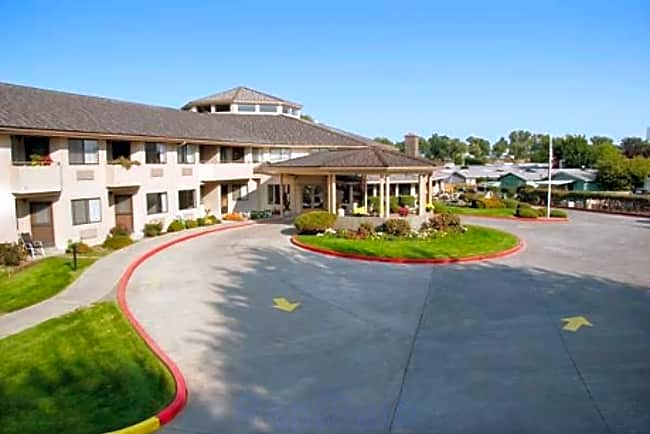 Park Plaza Independent Retirement Living - Walla Walla, Washington