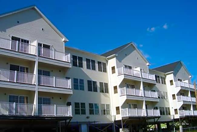 Adams Hillside Condominiums - Worcester, Massachusetts 01604