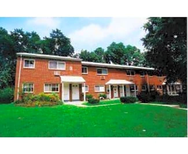 Hillcrest Apartments - Trenton, New Jersey 08620