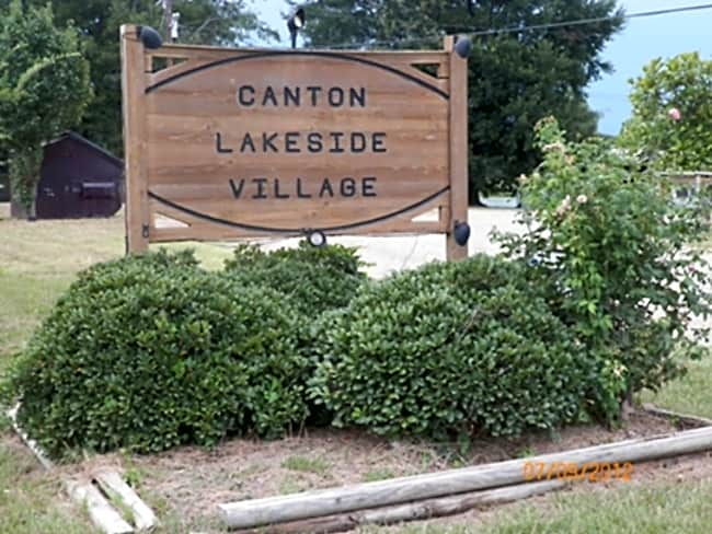Canton Lakeside Village - Canton, Texas