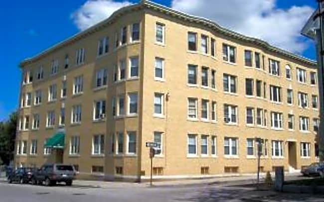 79 West Street Apartments - Worcester, Massachusetts 01609