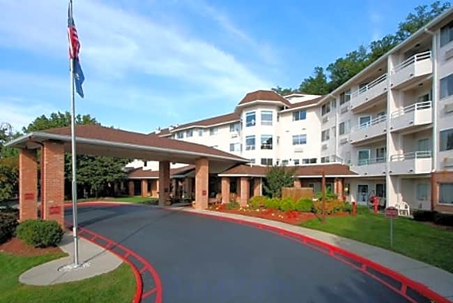 Elm Park Estates Independent Retirement Living - Roanoke, Virginia 24018
