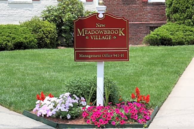 New Meadowbrook Village - Plainfield, New Jersey 07062