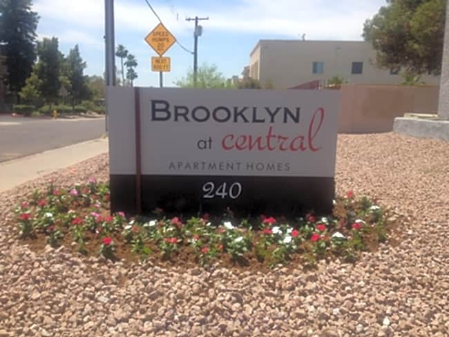 Brooklyn at Central - Phoenix, Arizona 85035