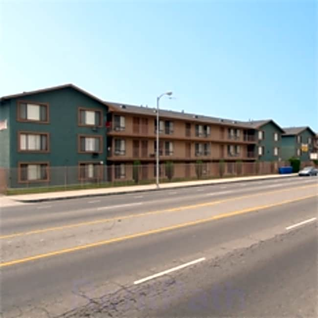 El Segundo Apartments - Gardena, California 90247