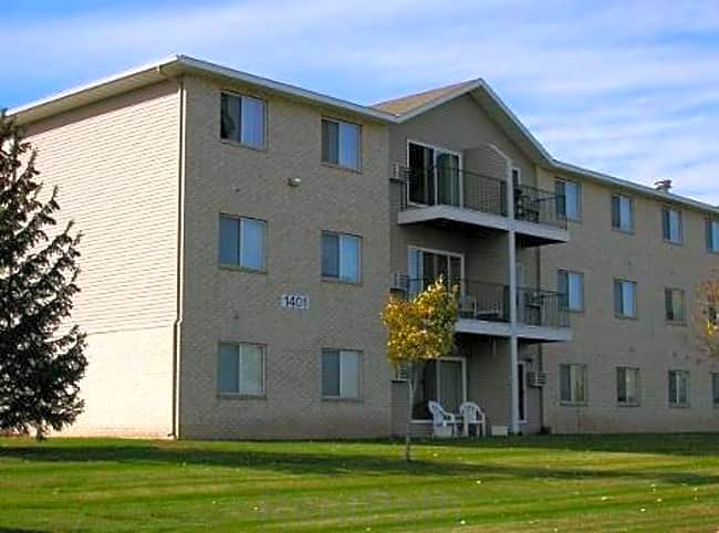 Cedar Ridge Apartments - Hudson, Wisconsin 54016