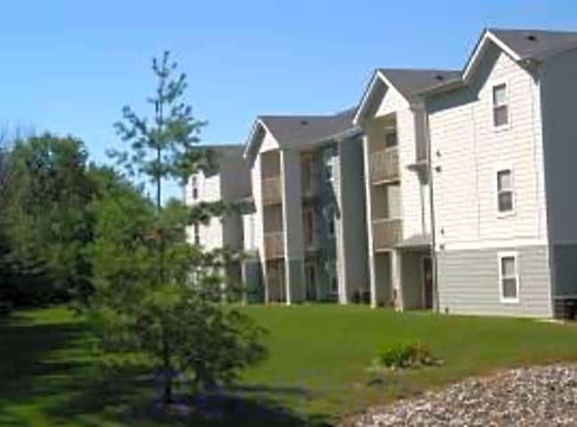 Forest View Apartments - Newton, Iowa