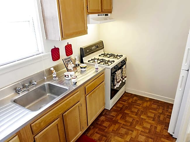 Washington Park Apartments - Camden, New Jersey 08105