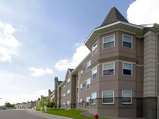 Crown Villa Apartments - Woodbury, Minnesota 55125