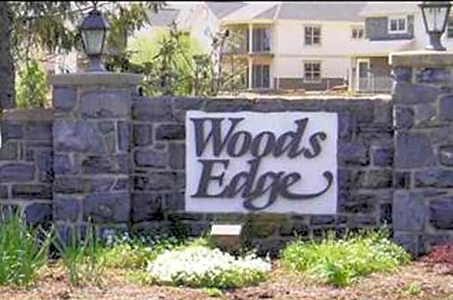 Woods Edge Townhomes - Lancaster, Pennsylvania 17603