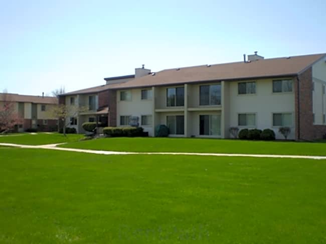 Tradewinds East Apartments - Essexville, Michigan 48732