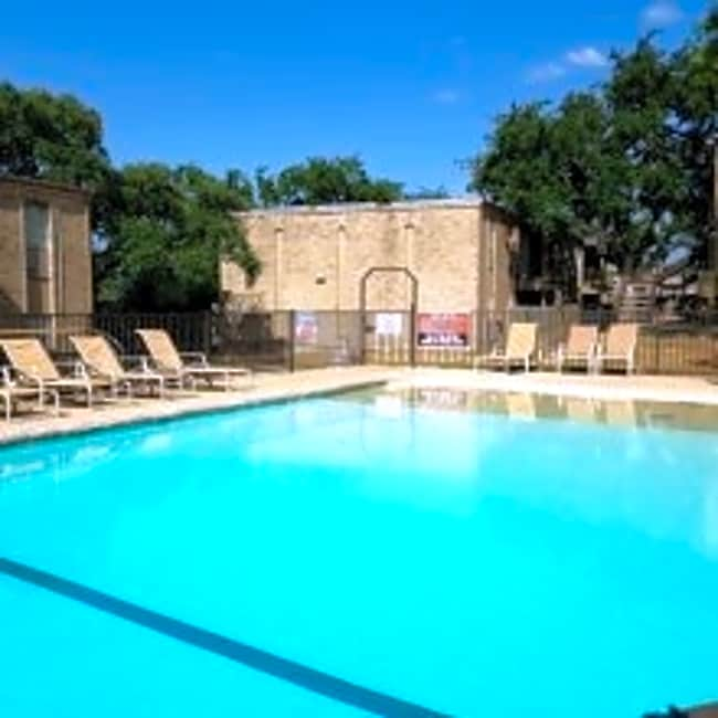 Oak Terrace - San Antonio, Texas 78230