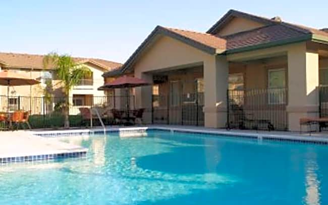 Sierra Creek Apartments - Antelope, California 95843
