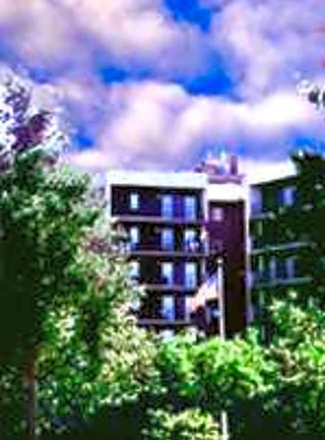 Viewpointe Apartments - Grand Rapids, Michigan 49506