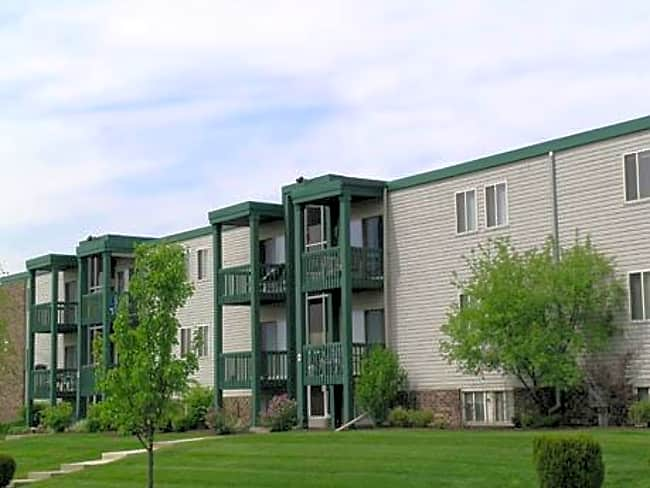 River Ridge Apartments - Rossford, Ohio 43460