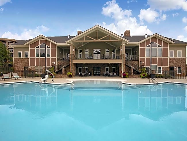 Langtree Apartments - Mooresville, North Carolina
