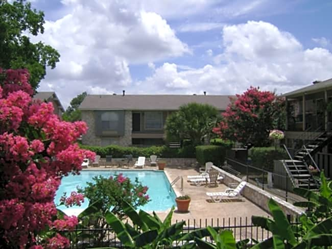 Mariposa Apartments - San Antonio, Texas 78216