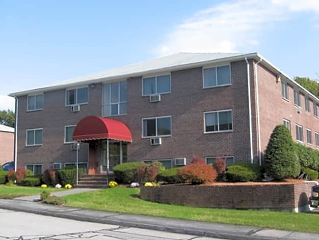 Meadow Lane Apartments - Lowell, Massachusetts 01854