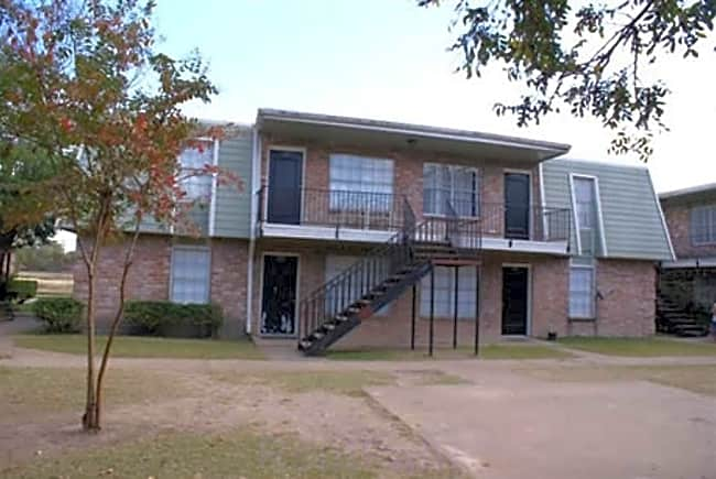 Summerfield Apartments - Houston, Texas 77036
