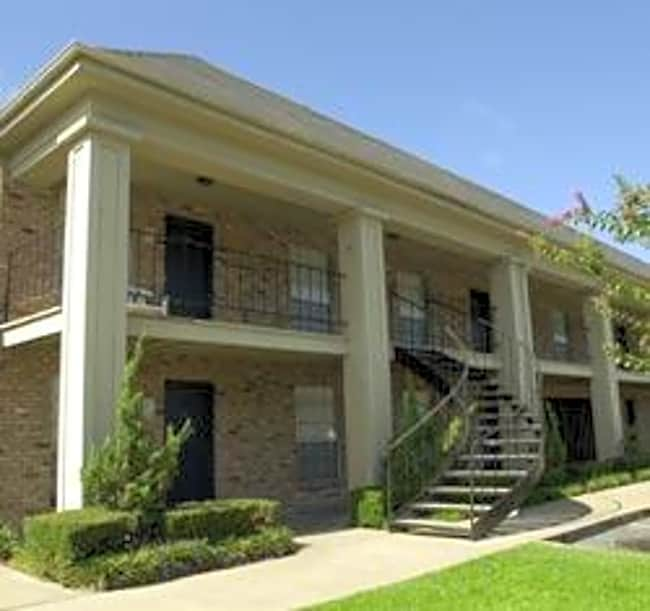 Southern Oaks - Houston, Texas 77057