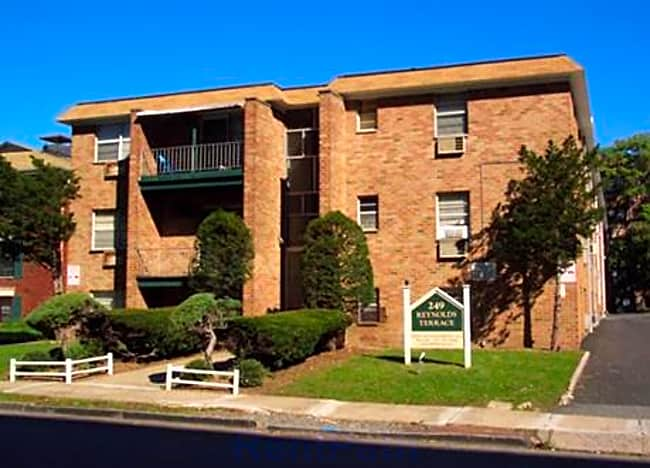 249 Reynolds Terrace Apartments - Orange, New Jersey 07050