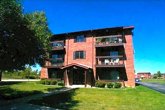 Richton Trails Apartments - Richton Park, Illinois 60471