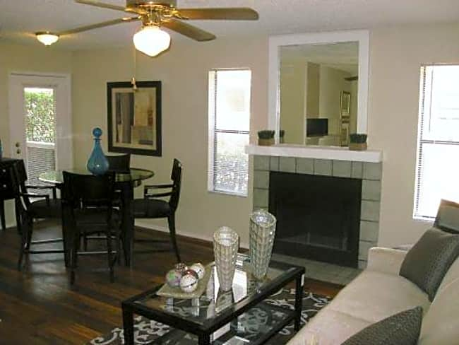 Township On Hulen Bend - Fort Worth, Texas 76132
